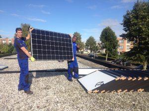Foto zonnepanelen Almere