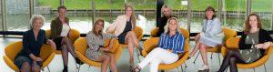 Foto van alle genomineerden (v.l.n.r): Marie Louise Grove, Joy Taling, Mitra la Grand, Yvette de Bake, Jolanda Jansen, Karin Hut, Mary Haselager en Klaartje Wierbos (foto door